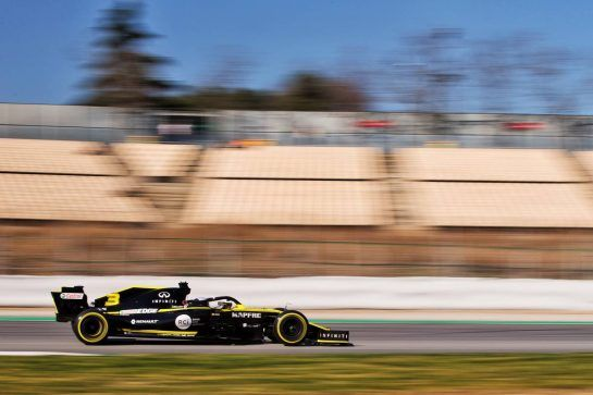 Daniel Ricciardo (AUS) Renault Sport F1 Team RS19. 27.02.2019. Formula One Testing, Day Two, Barcelona, Spain. Wednesday.  - www.xpbimages.com, EMail: requests@xpbimages.com - copy of publication required for printed pictures. Every used picture is fee-liable. © Copyright: Rew / XPB Images