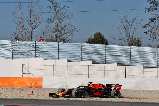 Max Verstappen (NLD) Red Bull Racing RB14 recovers from a spin. 27.02.2019. Formula One Testing, Day Two, Barcelona, Spain. Wednesday. - www.xpbimages.com, EMail: requests@xpbimages.com - copy of publication required for printed pictures. Every used picture is fee-liable. © Copyright: Batchelor / XPB Images