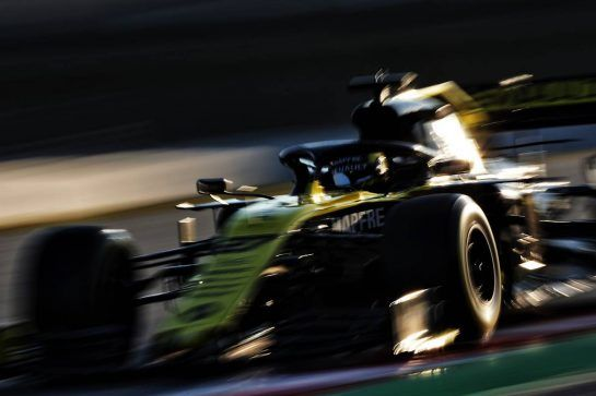 Nico Hulkenberg (GER) Renault Sport F1 Team RS19. 27.02.2019. Formula One Testing, Day Two, Barcelona, Spain. Wednesday. - www.xpbimages.com, EMail: requests@xpbimages.com - copy of publication required for printed pictures. Every used picture is fee-liable. © Copyright: Moy / XPB Images