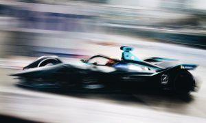 Vandoorne secures maiden Formula E pole in Hong Kong