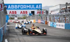 Vergne holds on to victory in scrappy Sanya ePrix