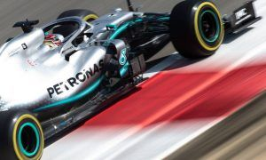 Mercedes to 'squeeze' everything it has to overhaul Ferrari