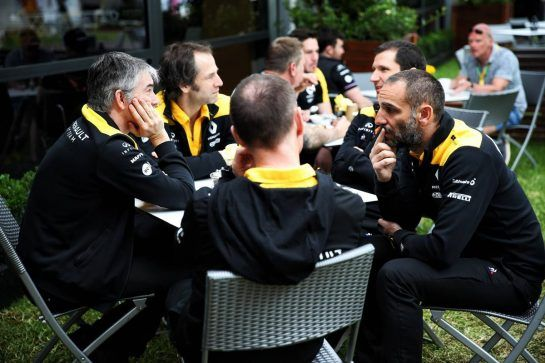 (L to R): Nick Chester (GBR) Renault F1 Team Chassis Technical Director; Ciaron Pilbeam (GBR) Renault F1 Team Chief Race Engineer; Alan Permane (GBR) Renault F1 Team Trackside Operations Director; Remi Taffin (FRA) Renault Sport F1 Engine Technical Director; Cyril Abiteboul (FRA) Renault Sport F1 Managing Director.