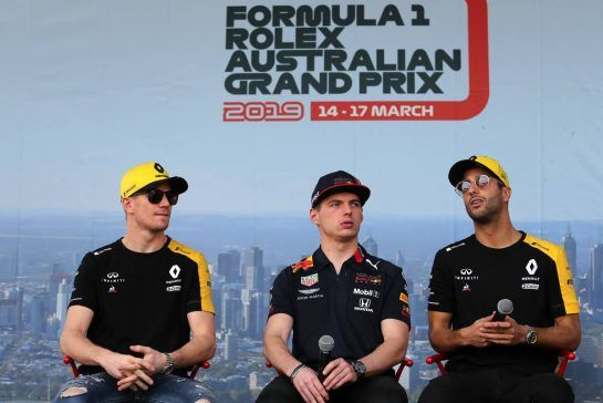 Nico Hulkenberg (GER), Renault Sport F1 Team, Max Verstappen (NLD), Red Bull Racing and Daniel Ricciardo (AUS), Renault F1 Team 