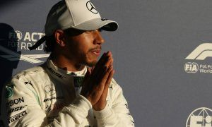 Hamilton surprised by qualifying dominance in Melbourne