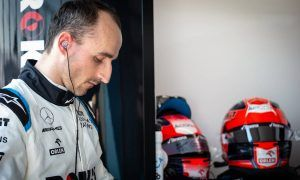 Puncture leaves Kubica at the bottom of the pile for return to F1
