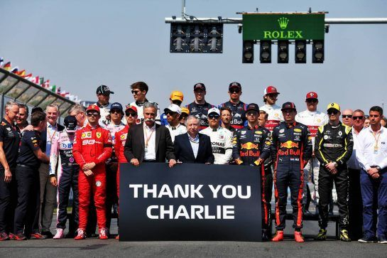 The teams and FIA pay respects to Charlie Whiting.