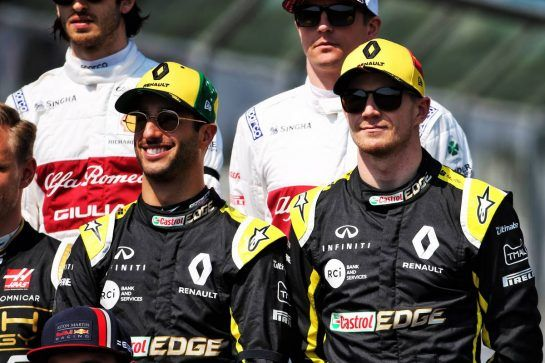 (L to R): Daniel Ricciardo (AUS) Renault F1 Team  and Nico Hulkenberg (GER) Renault F1 Team on the drivers parade.