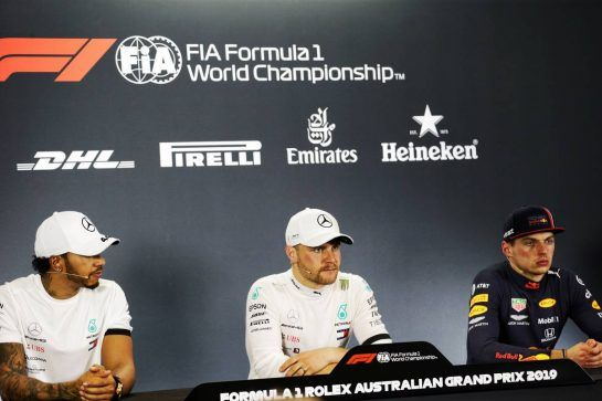(L to R): Lewis Hamilton (GBR) Mercedes AMG F1; Valtteri Bottas (FIN) Mercedes AMG F1; and Max Verstappen (NLD) Red Bull Racing, in the post race FIA Press Conference.
