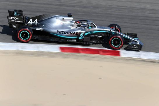 Lewis Hamilton (GBR), Mercedes AMG F1  29.03.2019. Formula 1 World Championship, Rd 2, Bahrain Grand Prix, Sakhir, Bahrain, Practice Day- www.xpbimages.com, EMail: requests@xpbimages.com - copy of publication required for printed pictures. Every used picture is fee-liable. © Copyright: Charniaux / XPB Images