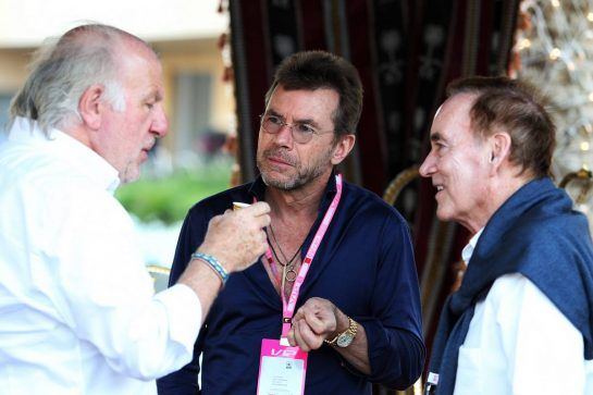 David Richards (GBR) CEO Prodrive (Left) with Paul Stewart (GBR) (Centre). 29.03.2019. Formula 1 World Championship, Rd 2, Bahrain Grand Prix, Sakhir, Bahrain, Practice Day - www.xpbimages.com, EMail: requests@xpbimages.com - copy of publication required for printed pictures. Every used picture is fee-liable. © Copyright: Moy / XPB Images