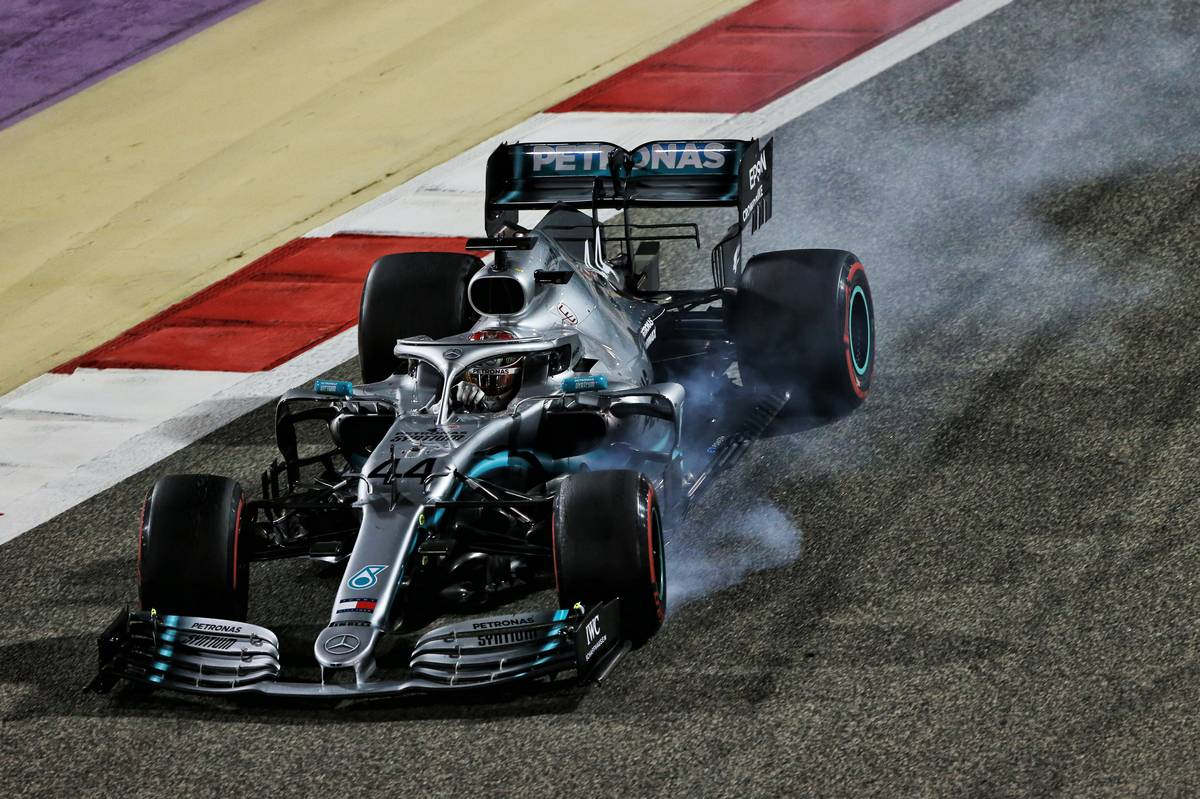 Lewis Hamilton (GBR) Mercedes AMG F1 W10 locks up under braking.