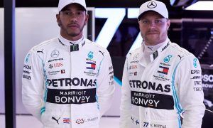 Hamilton sees no changes to Bottas, except for a beard!