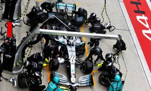 Bottas uneasy about Mercedes double-stack pit stop