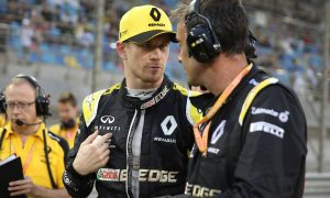 Hulkenberg: Reliability issues costing Renault 'experience and points'