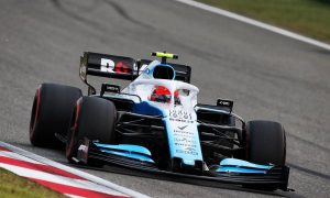 Kubica says Williams FW42 'feels different' in China
