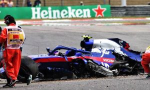 Damaged monocoque leaves Albon sidelined for qualifying
