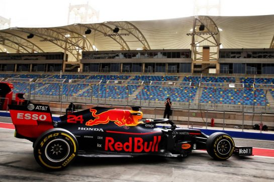Dan Ticktum (GBR) Red Bull Racing RB15 Test Driver. 03.04.2019. Formula One Testing, Sakhir, Bahrain, Wednesday. - www.xpbimages.com, EMail: requests@xpbimages.com - copy of publication required for printed pictures. Every used picture is fee-liable. © Copyright: Batchelor / XPB Images
