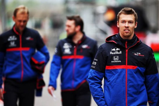 Daniil Kvyat (RUS) Scuderia Toro Rosso. 11.04.2019. Formula 1 World Championship, Rd 3, Chinese Grand Prix, Shanghai, China, Preparation Day. - www.xpbimages.com, EMail: requests@xpbimages.com - copy of publication required for printed pictures. Every used picture is fee-liable. © Copyright: Batchelor / XPB Images