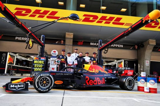 (L to R): Pierre Gasly (FRA) Red Bull Racing; Christian Horner (GBR) Red Bull Racing Team Principal; and Max Verstappen (NLD) Red Bull Racing, celebrate 1000 F1 races with Esso and Mobil.  11.04.2019. Formula 1 World Championship, Rd 3, Chinese Grand Prix, Shanghai, China, Preparation Day. - www.xpbimages.com, EMail: requests@xpbimages.com - copy of publication required for printed pictures. Every used picture is fee-liable. © Copyright: Moy / XPB Images