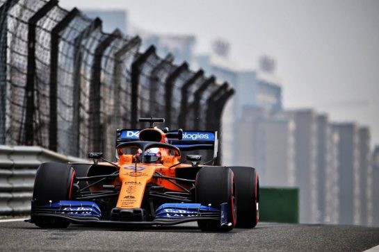 Carlos Sainz Jr (ESP) McLaren MCL34. 12.04.2019. Formula 1 World Championship, Rd 3, Chinese Grand Prix, Shanghai, China, Practice Day. - www.xpbimages.com, EMail: requests@xpbimages.com - copy of publication required for printed pictures. Every used picture is fee-liable. © Copyright: Batchelor / XPB Images