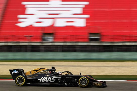 Romain Grosjean (FRA) Haas F1 Team VF-19. 12.04.2019. Formula 1 World Championship, Rd 3, Chinese Grand Prix, Shanghai, China, Practice Day. - www.xpbimages.com, EMail: requests@xpbimages.com - copy of publication required for printed pictures. Every used picture is fee-liable. © Copyright: Photo4 / XPB Images