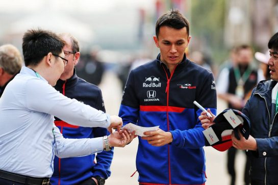 Alexander Albon (THA) Scuderia Toro Rosso. 12.04.2019. Formula 1 World Championship, Rd 3, Chinese Grand Prix, Shanghai, China, Practice Day. - www.xpbimages.com, EMail: requests@xpbimages.com - copy of publication required for printed pictures. Every used picture is fee-liable. © Copyright: Batchelor / XPB Images