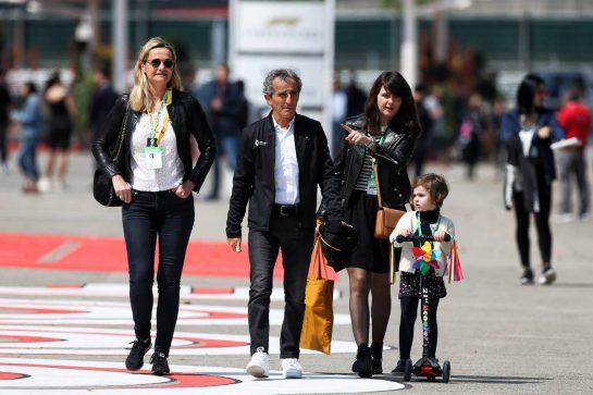 Alain Prost (FRA) Renault F1 Team Special Advisor. 13.04.2019. Formula 1 World Championship, Rd 3, Chinese Grand Prix, Shanghai, China, Qualifying Day. - www.xpbimages.com, EMail: requests@xpbimages.com - copy of publication required for printed pictures. Every used picture is fee-liable. © Copyright: Moy / XPB Images