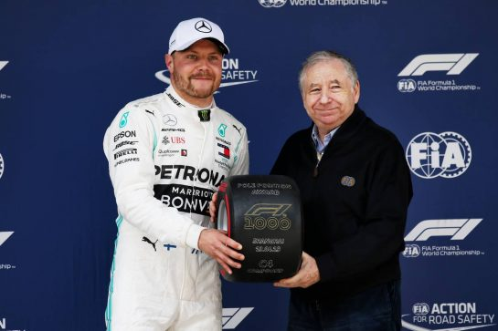 (L to R): Valtteri Bottas (FIN) Mercedes AMG F1 receives the Pirelli Pole Position award from Jean Todt (FRA) FIA President in qualifying parc ferme. 13.04.2019. Formula 1 World Championship, Rd 3, Chinese Grand Prix, Shanghai, China, Qualifying Day. - www.xpbimages.com, EMail: requests@xpbimages.com - copy of publication required for printed pictures. Every used picture is fee-liable. © Copyright: Batchelor / XPB Images