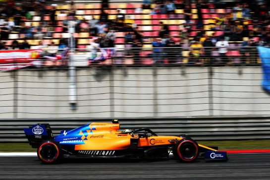 Lando Norris (GBR) McLaren MCL34. 13.04.2019. Formula 1 World Championship, Rd 3, Chinese Grand Prix, Shanghai, China, Qualifying Day. - www.xpbimages.com, EMail: requests@xpbimages.com - copy of publication required for printed pictures. Every used picture is fee-liable. © Copyright: Moy / XPB Images