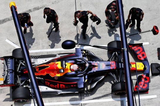 Max Verstappen (NLD) Red Bull Racing RB15. 13.04.2019. Formula 1 World Championship, Rd 3, Chinese Grand Prix, Shanghai, China, Qualifying Day.  - www.xpbimages.com, EMail: requests@xpbimages.com - copy of publication required for printed pictures. Every used picture is fee-liable. © Copyright: Bearne / XPB Images