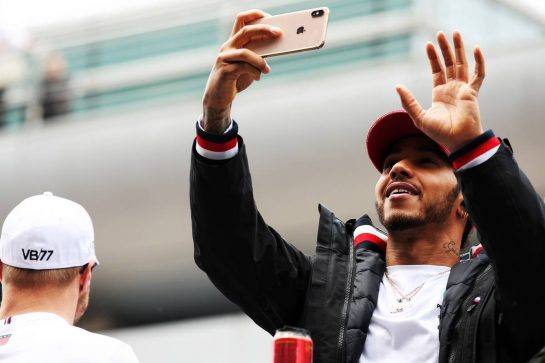 Lewis Hamilton (GBR) Mercedes AMG F1 on the drivers parade. 14.04.2019. Formula 1 World Championship, Rd 3, Chinese Grand Prix, Shanghai, China, Race Day. - www.xpbimages.com, EMail: requests@xpbimages.com - copy of publication required for printed pictures. Every used picture is fee-liable. © Copyright: Batchelor / XPB Images