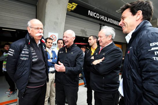 (L to R): Dr. Dieter Zetsche (GER) Daimler AG CEO; Thierry Bollore (FRA) Renault Chief Competitive Officer; Jerome Stoll (FRA) Renault Sport F1 President; and Toto Wolff (GER) Mercedes AMG F1 Shareholder and Executive Director. 14.04.2019. Formula 1 World Championship, Rd 3, Chinese Grand Prix, Shanghai, China, Race Day. - www.xpbimages.com, EMail: requests@xpbimages.com - copy of publication required for printed pictures. Every used picture is fee-liable. © Copyright: Moy / XPB Images