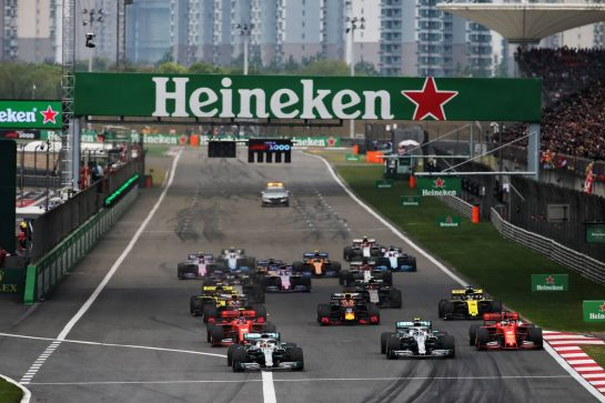 Lewis Hamilton (GBR) Mercedes AMG F1 W10 leads at the start of the race. 14.04.2019. Formula 1 World Championship, Rd 3, Chinese Grand Prix, Shanghai, China, Race Day. - www.xpbimages.com, EMail: requests@xpbimages.com - copy of publication required for printed pictures. Every used picture is fee-liable. © Copyright: Batchelor / XPB Images