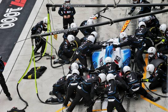 George Russell (GBR) Williams Racing FW42 makes a pit stop. 14.04.2019. Formula 1 World Championship, Rd 3, Chinese Grand Prix, Shanghai, China, Race Day.  - www.xpbimages.com, EMail: requests@xpbimages.com - copy of publication required for printed pictures. Every used picture is fee-liable. © Copyright: Bearne / XPB Images