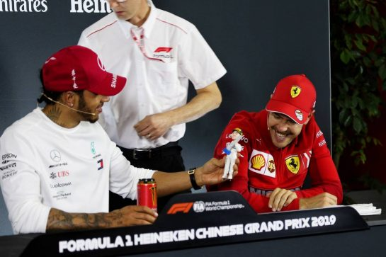 (L to R): race winner Lewis Hamilton (GBR) Mercedes AMG F1 and Sebastian Vettel (GER) Ferrari in the FIA Press Conference. 14.04.2019. Formula 1 World Championship, Rd 3, Chinese Grand Prix, Shanghai, China, Race Day. - www.xpbimages.com, EMail: requests@xpbimages.com - copy of publication required for printed pictures. Every used picture is fee-liable. © Copyright: Photo4 / XPB Images