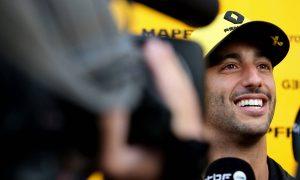 Cocky Ricciardo bet Marko €1,000 that Bottas was doomed!