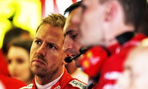 Horner: Vettel struggling in Ferrari 'pressure cooker' environment