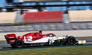 Ilott gutted after 'weird' test crash on maiden F1 run