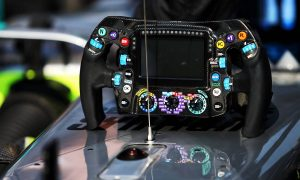 Mercedes to tweak Hamilton's dash layout after Baku VSC issue