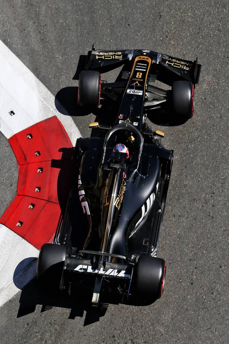 Romain Grosjean (FRA) Haas F1 Team VF-19.