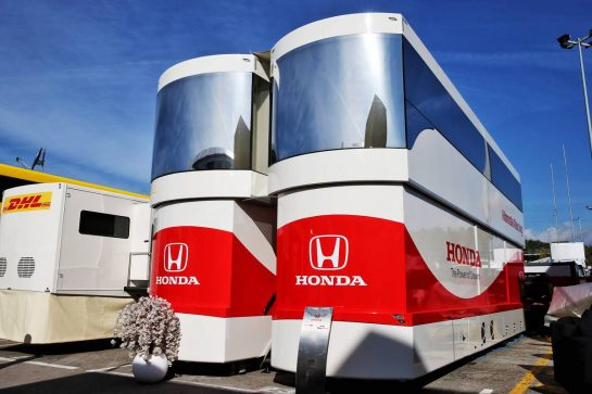Honda motorhome. 09.05.2019. Formula 1 World Championship, Rd 5, Spanish Grand Prix, Barcelona, Spain, Preparation Day. - www.xpbimages.com, EMail: requests@xpbimages.com - copy of publication required for printed pictures. Every used picture is fee-liable. © Copyright: Batchelor / XPB Images