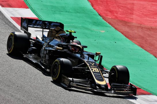 Kevin Magnussen (DEN) Haas VF-19. 10.05.2019. Formula 1 World Championship, Rd 5, Spanish Grand Prix, Barcelona, Spain, Practice Day. - www.xpbimages.com, EMail: requests@xpbimages.com - copy of publication required for printed pictures. Every used picture is fee-liable. © Copyright: Moy / XPB Images