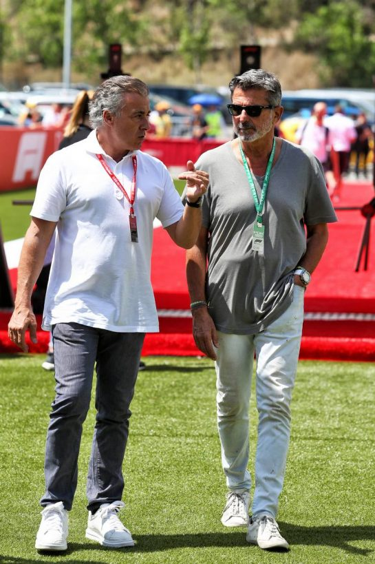 (L to R): Jean Alesi (FRA) with Enrico Zanarini (ITA). 10.05.2019. Formula 1 World Championship, Rd 5, Spanish Grand Prix, Barcelona, Spain, Practice Day. - www.xpbimages.com, EMail: requests@xpbimages.com - copy of publication required for printed pictures. Every used picture is fee-liable. © Copyright: Moy / XPB Images