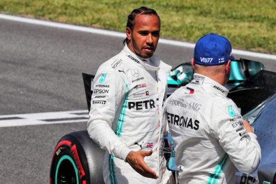 Lewis Hamilton (GBR) Mercedes AMG F1 in qualifying parc ferme with team mate and pole sitter Valtteri Bottas (FIN) Mercedes AMG F1. 11.05.2019. Formula 1 World Championship, Rd 5, Spanish Grand Prix, Barcelona, Spain, Qualifying Day. - www.xpbimages.com, EMail: requests@xpbimages.com - copy of publication required for printed pictures. Every used picture is fee-liable. © Copyright: Photo4 / XPB Images
