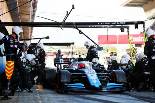 Robert Kubica (POL) Williams Racing FW42 makes a pit stop. 12.05.2019. Formula 1 World Championship, Rd 5, Spanish Grand Prix, Barcelona, Spain, Race Day. - www.xpbimages.com, EMail: requests@xpbimages.com - copy of publication required for printed pictures. Every used picture is fee-liable. © Copyright: Batchelor / XPB Images