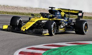 Abiteboul: Heavy F1 cars leave spectators with wrong impression