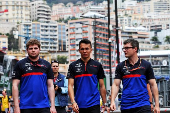 Alexander Albon (THA) Scuderia Toro Rosso (Centre). 22.05.2019. Formula 1 World Championship, Rd 6, Monaco Grand Prix, Monte Carlo, Monaco, Preparation Day. - www.xpbimages.com, EMail: requests@xpbimages.com - copy of publication required for printed pictures. Every used picture is fee-liable. © Copyright: Batchelor / XPB Images