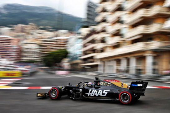 Romain Grosjean (FRA) Haas F1 Team VF-19.