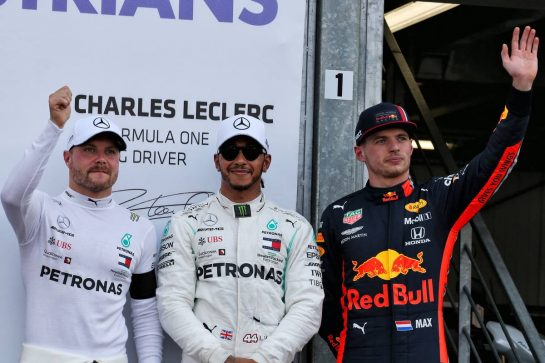 Qualifying top three in parc ferme (L to R): Valtteri Bottas (FIN) Mercedes AMG F1, second; Lewis Hamilton (GBR) Mercedes AMG F1, pole position; Max Verstappen (NLD) Red Bull Racing, third.